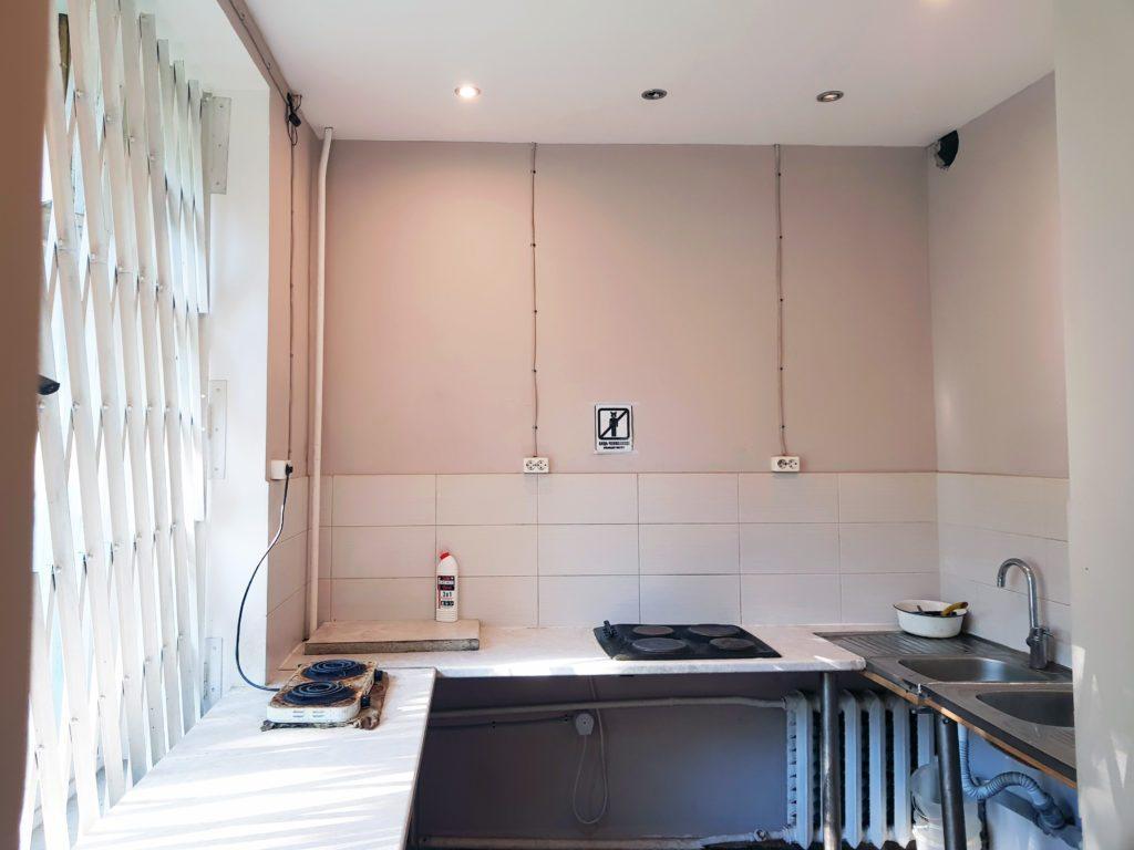 Кухня в общежитии для рабочих